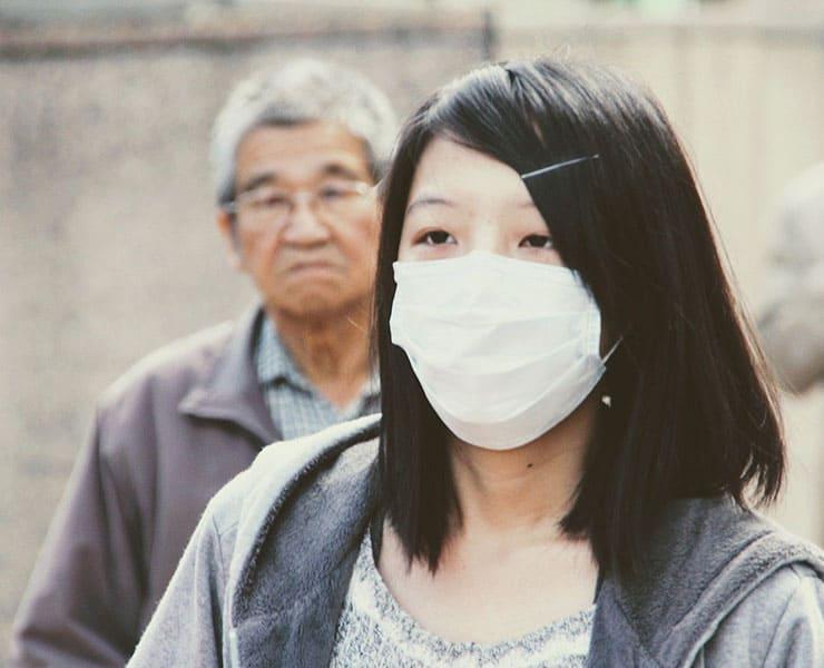 فيروس كورونا يثير الذعر في الصين والعالم