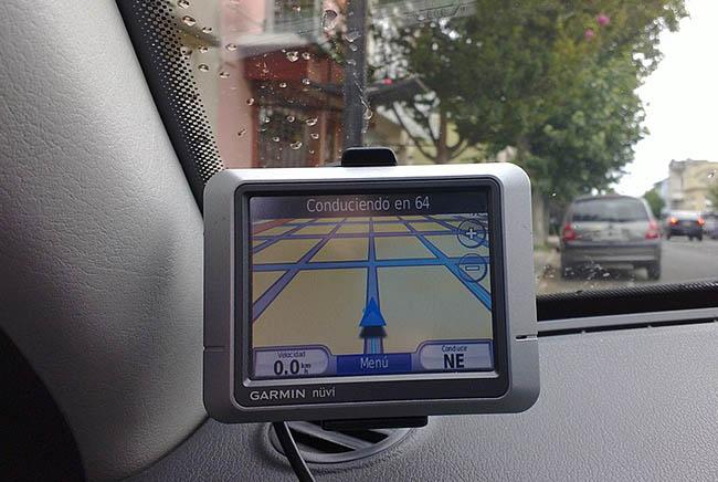 نظام جي بي إس, السيارات