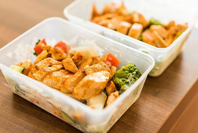 لهذه الأسباب تعد وجبات غداء الأطفال هامة للغاية