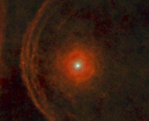 النجم العملاق «منكب الجوزاء» بدأ يفقد لمعانه