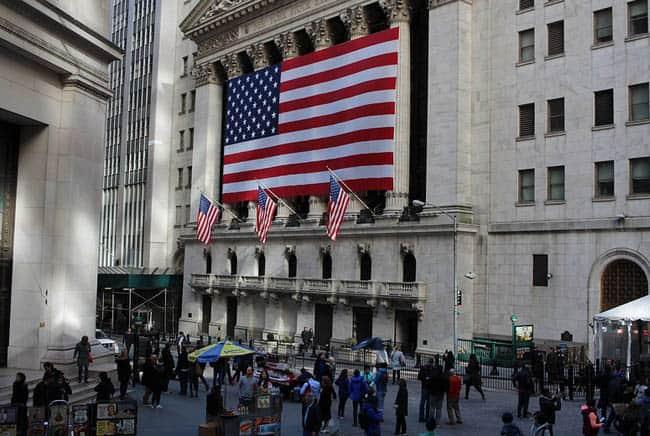 بورصة نيويورك, أسواق المال, نظام اقتصادي, مجتمع, بيئة, التغير المناخي