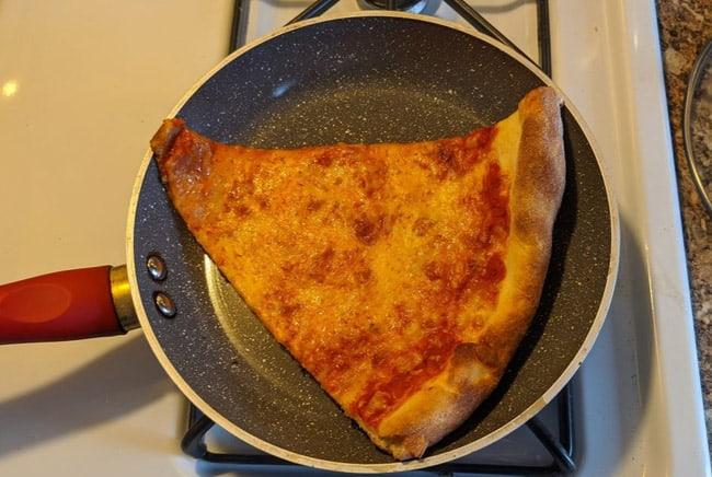 بيتزا, تسخين البيتزا, أكل البيتزا, أنواع البيتزا