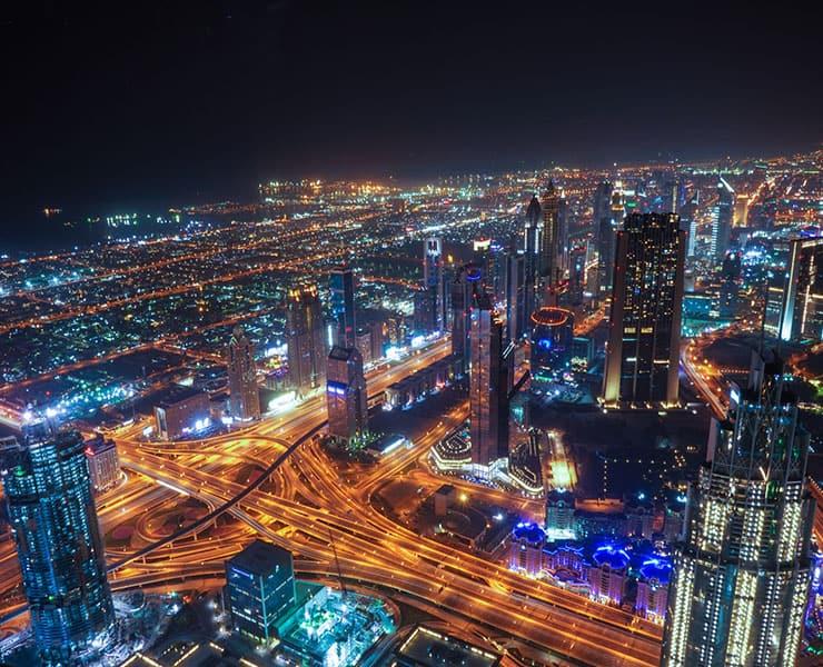 البيانات أولاً: رحلة دبي الذكية في ثروة المعلومات