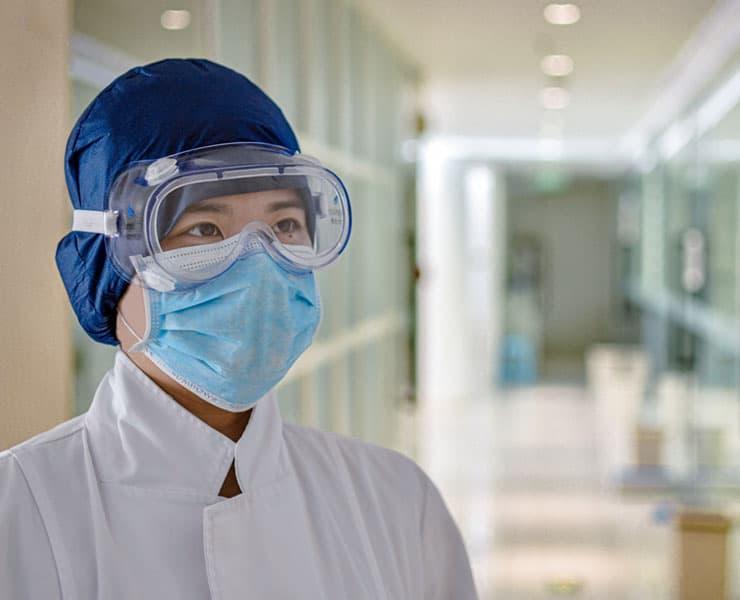 هكذا يؤثر نقص الأقنعة الطبية على الباحثين والأطباء