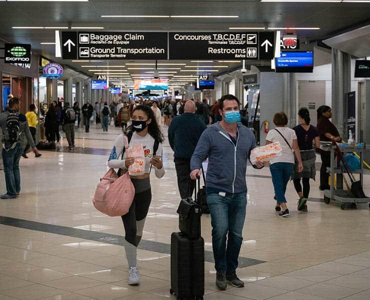 هل منع السفر بين دول العالم يفيد في الحد من انتشار الأمراض؟