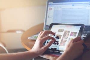 إدمان الإنترنت: تعرف إلى الأعراض ونصائح الوقاية