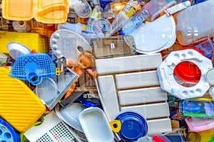 حتى لا يستقر بداخلنا: تقنية جديدة لإعادة تدوير البلاستيك