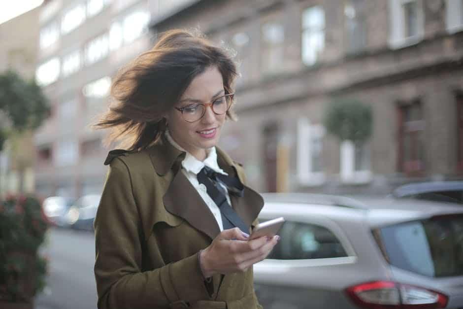 5 تطبيقات لقراءة الكتب الإلكترونية عبر الهواتف الذكية