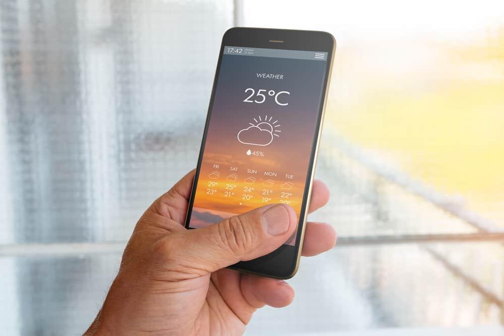 أفضل 9 تطبيقات للهواتف الذكية يمكنك من خلالها مراقبة الطقس