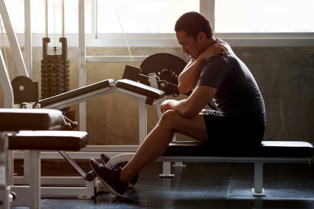 لماذا تؤلمني عضلاتي في اليوم التالي للتمرين؟