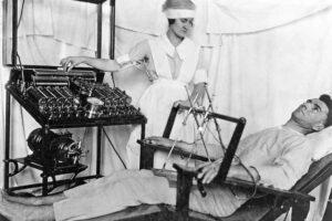 هل العلاج بالصدمات الكهربائية مرعباً كما نتصوّره؟