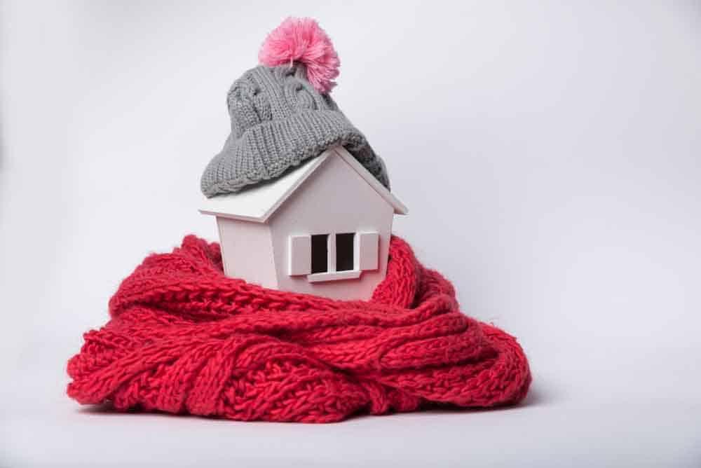 3 طرق بسيطة تبقي منزلك دافئاً خلال الشتاء