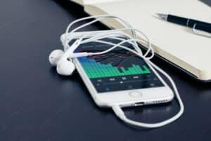 لماذا نشعر بالقشعريرة والمتعة حين نستمع إلى الموسيقى؟