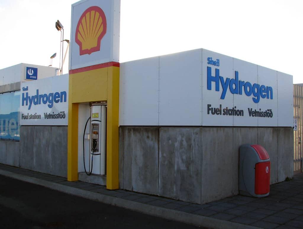 براً وبحراً وجواً: الهيدروجين وقود المستقبل الذي يُسارع إليه الجميع