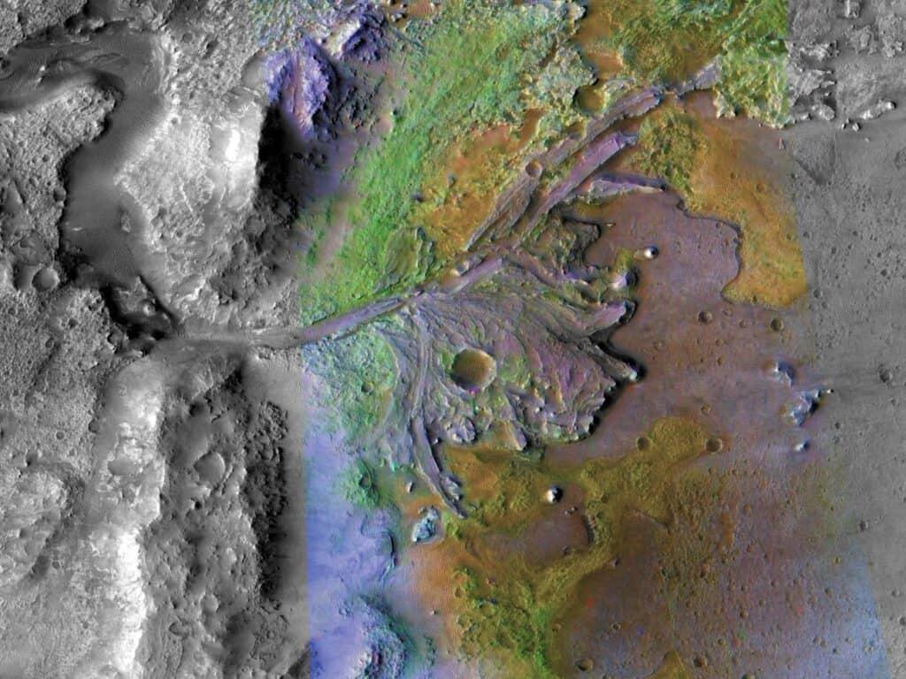 ما زال المريخ يفقد مكوناته في الفضاء حتى الآن