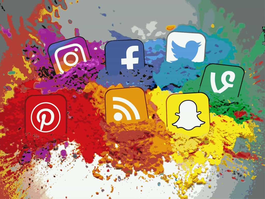 دليلك للتخلص من «إزعاج» وسائل التواصل الاجتماعي