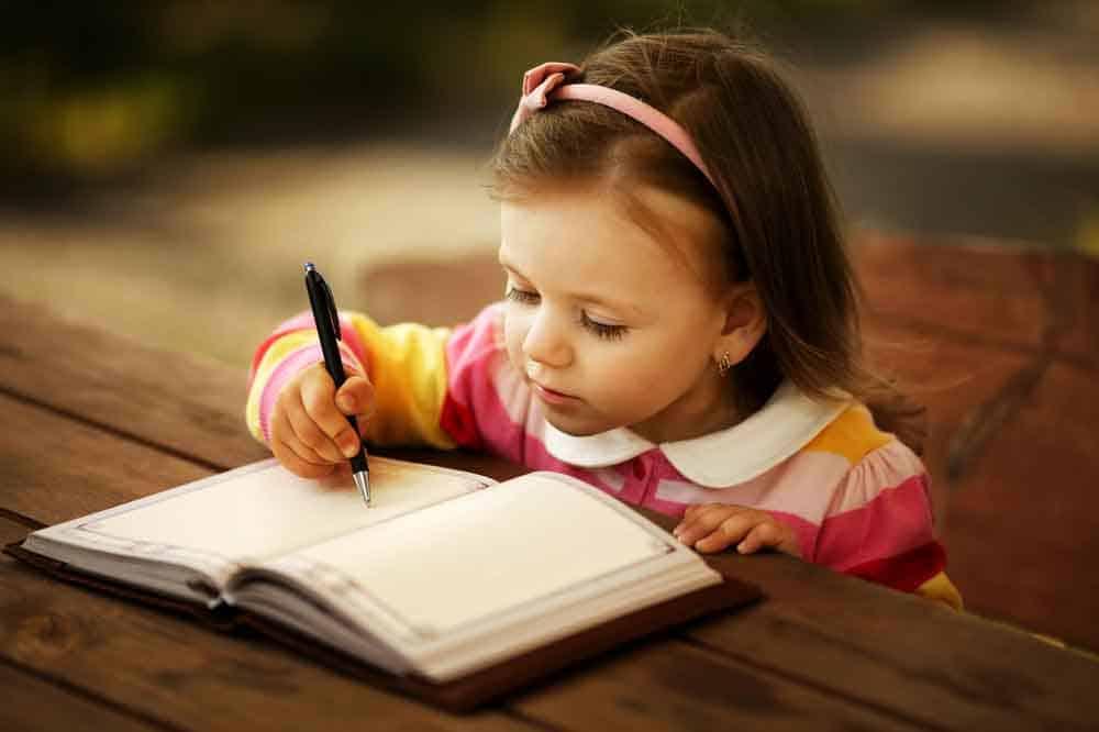 اضطراب اللغة النمائي: لهذا يعاني طفلك من صعوبات في التعلم