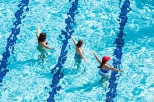 قد تكون التمارين المائية فعالة في الوقاية من أمراض القلب
