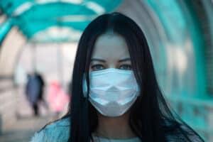 هل ينقل الأشخاص الذين حصلوا على لقاح كورونا المرض؟