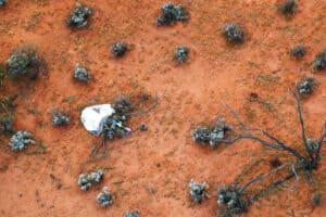 لأول مرة: مسبار ياباني يعود إلى الأرض بعينات من كويكب خارجي