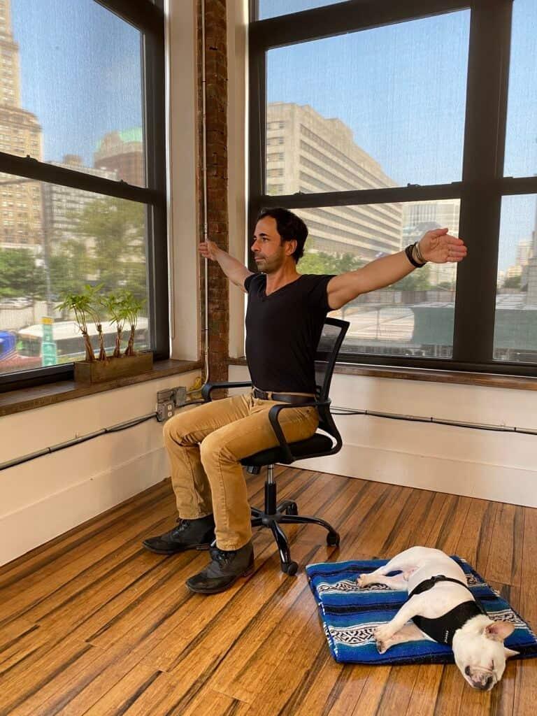 تمارين كرسي المكتب