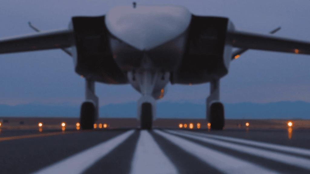 تحمل الأقمار الصناعية: أكبر طائرة بدون طيار في العالم
