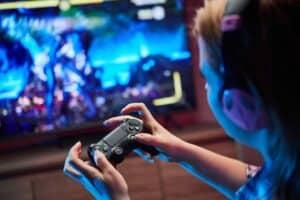 هل تعاني من التوتر؟ قد تساعدك ألعاب الفيديو على الاسترخاء