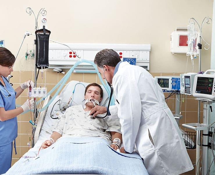 اختبار دم سريع يتنبأ بالمضاعفات الشديدة لمرضى كورونا