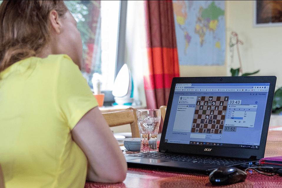 يحاكي سلوك الإنسان: أخيراً شطرنج آلي لا يفضّل الفوز