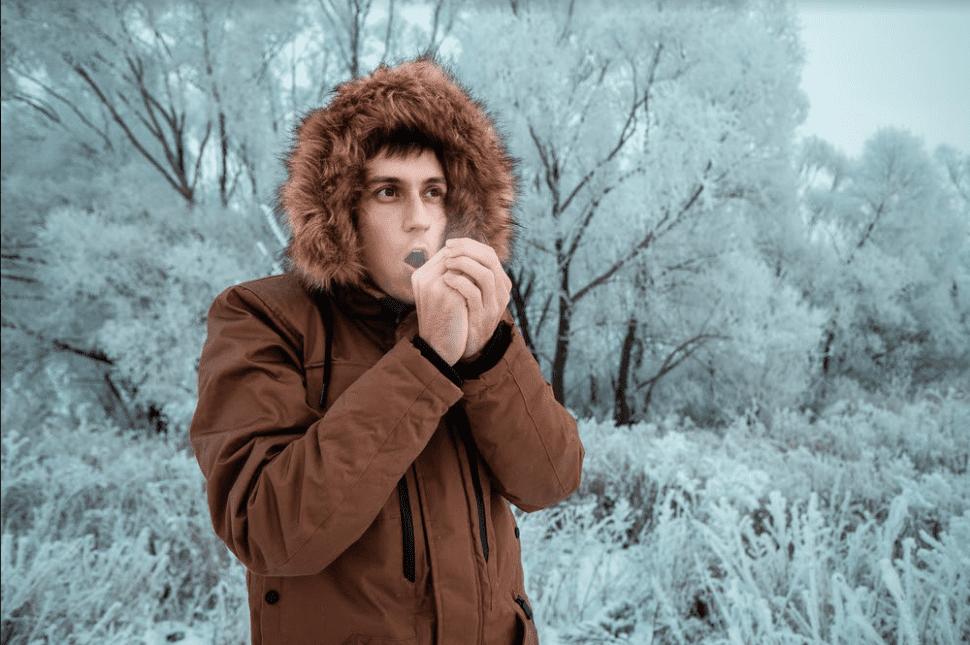 سلسلة الشتاء: أسباب الأطراف الباردة وعلاجها