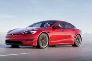 سيارة تسلا «إس بليد»: سرعات عالية بتسارع يحطّم الأرقام القياسية