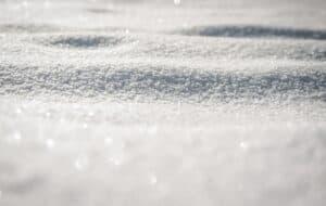 هل من الآمن تناول الثلج؟
