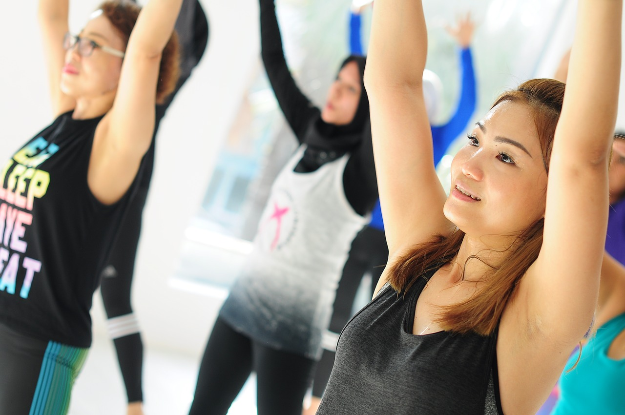 ممارسة التمارين الرياضية بشكل جماعي