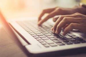 ماذا تفعل إذا لم يعطِكَ البحث على جوجل الإجابة؟ إليك 6 طرق بديلة