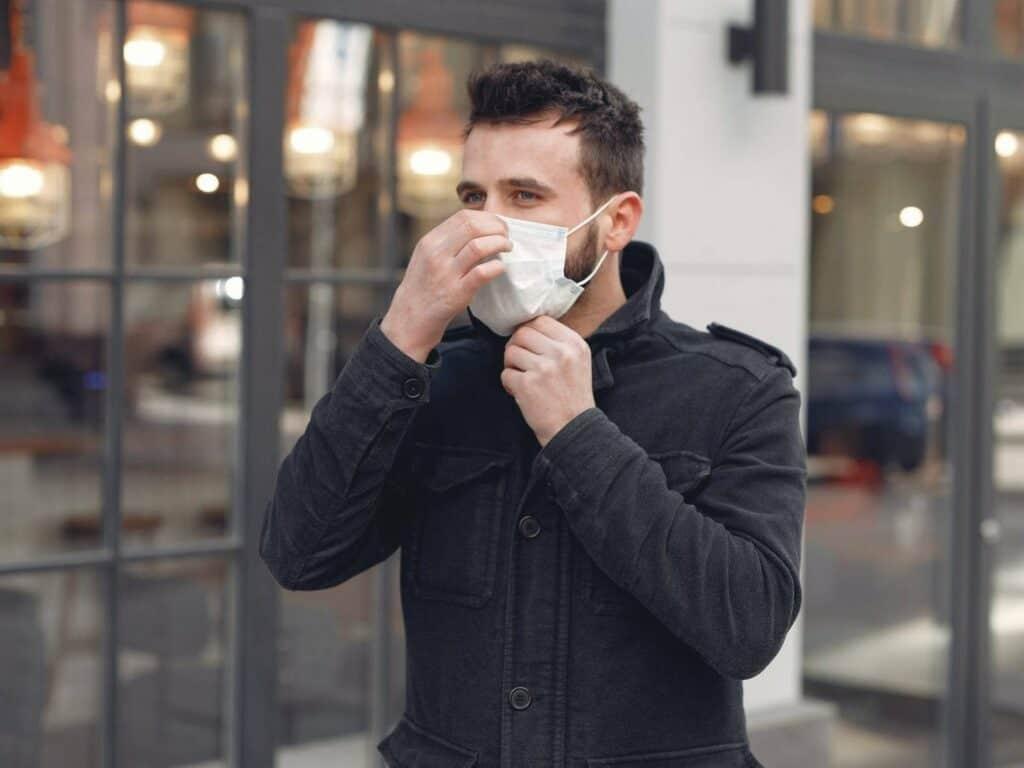 5 نصائح لارتداء الكمامة فوق اللحية بأمان
