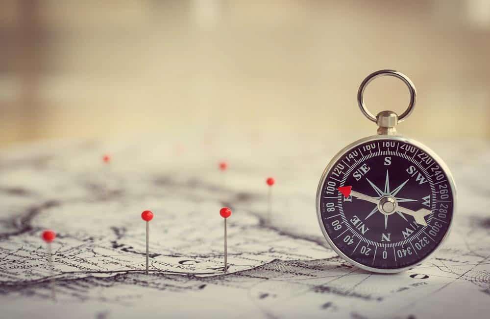 5 مهارات لاستخدام البوصلة والخرائط الطبوغرافية بشكلٍ صحيح