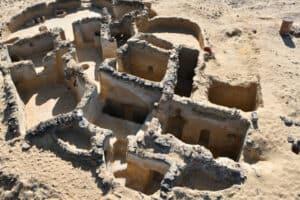 ما تبقّى من حياة الرهبان: مصر تكشف عن آثار مسيحية في الواحات البحرية