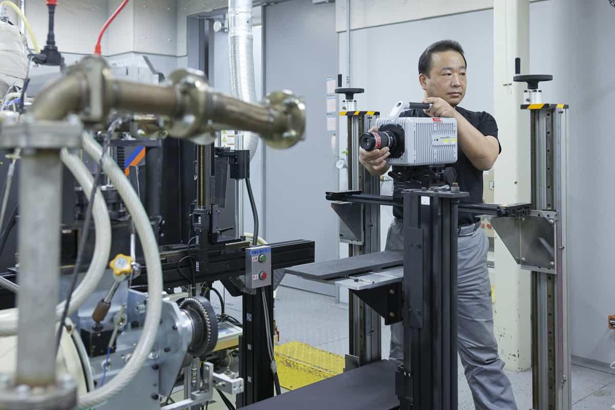 محرك سيارات نيسان الجديد: يوفر الطاقة ويحد من انبعاثات الكربون