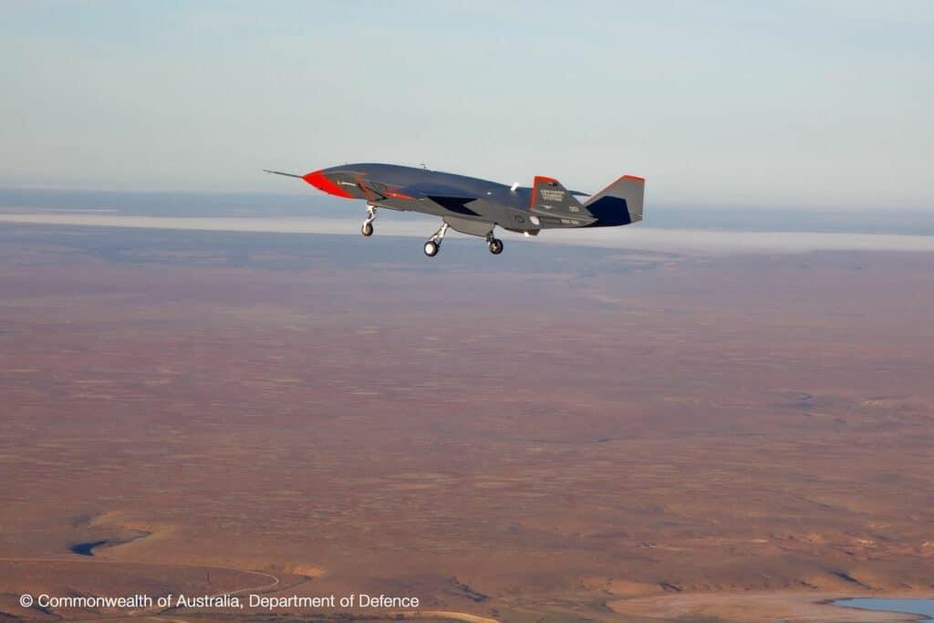 هكذا حلّقت طائرة بوينج المقاتلة ذاتية القيادة لأول مرة