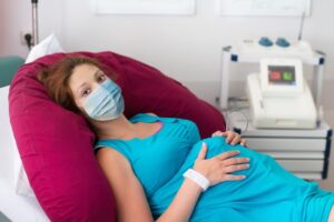 النساء الحوامل أكثر عرضة لخطر الوفاة بفيروس كورونا