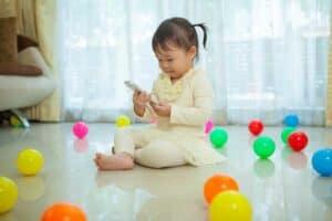 الأطفال وتطبيقات التعلّم: كيف تختار المناسب لطفلك؟