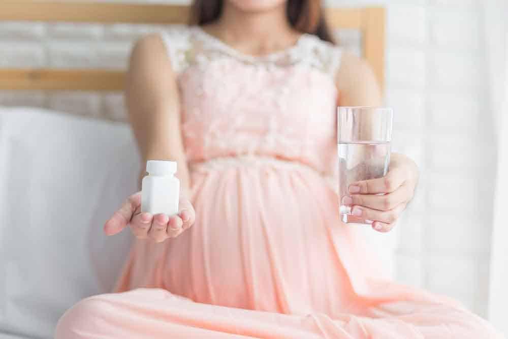 هل تناول حمض الفوليك أثناء الحمل يقلل من إصابة الأطفال بالتوحّد؟