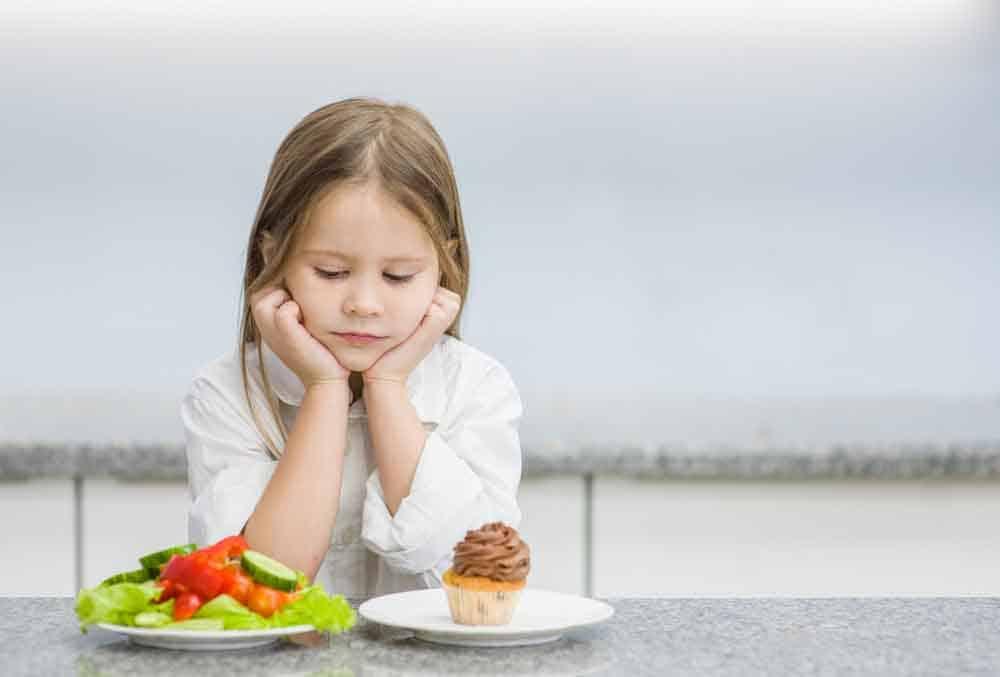 انتقائية الطعام: كيف تساعد أطفالك على تناول طعام متنوع؟