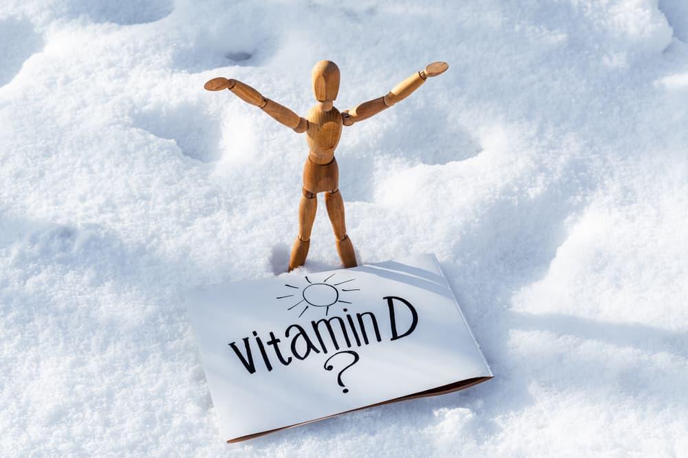آلام في المعدة والعظام: ما هي أعراض زيادة فيتامين د؟