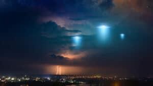 كائنات فضائية: البنتاجون يحقق في الأجسام الطائرة التي مرت على الأرض