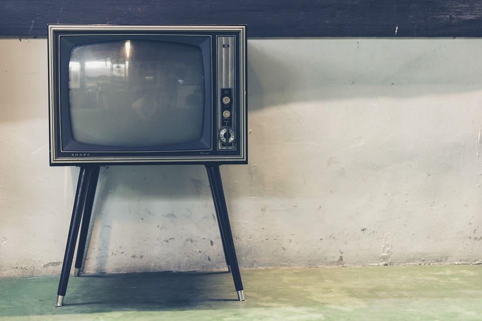 مزوّد الأخبار والترفيه: كيف يعمل التلفاز؟