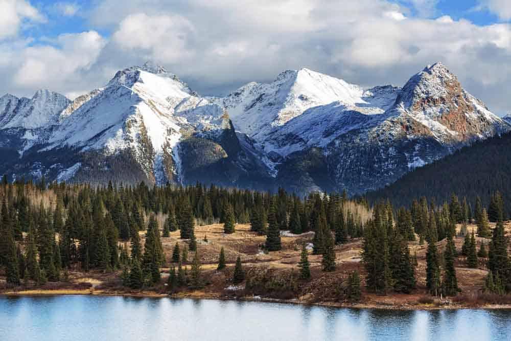 شاهقة الارتفاع مهيبة المنظر: كيف تتشكّل الجبال؟