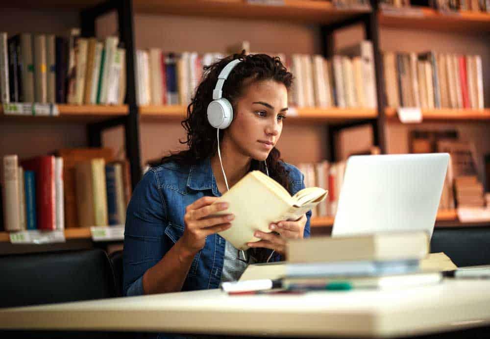 بعد اعتماد التعليم عن بعد: كيف نعرّف الغش في الامتحانات عبر الإنترنت؟