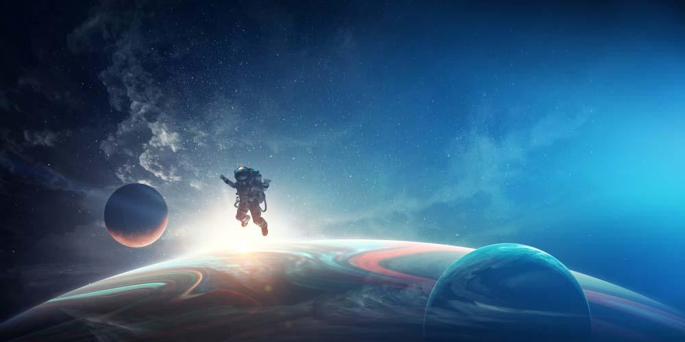 هل للفضاء الخارجي نهاية أم أنه يستمر للأبد؟