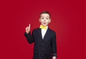 لا مقارنات واهتمام ولعب: كيف أقوي شخصية طفلي؟